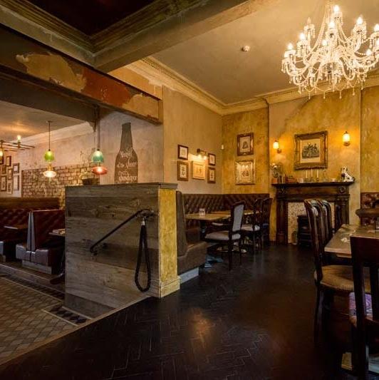 Edinburgh gin bar Edinburgh best gin bar Edinburgh Edinburgh's best gin bars Edinburgh Edinburghs best gin bars luxury bar edinburgh luxury